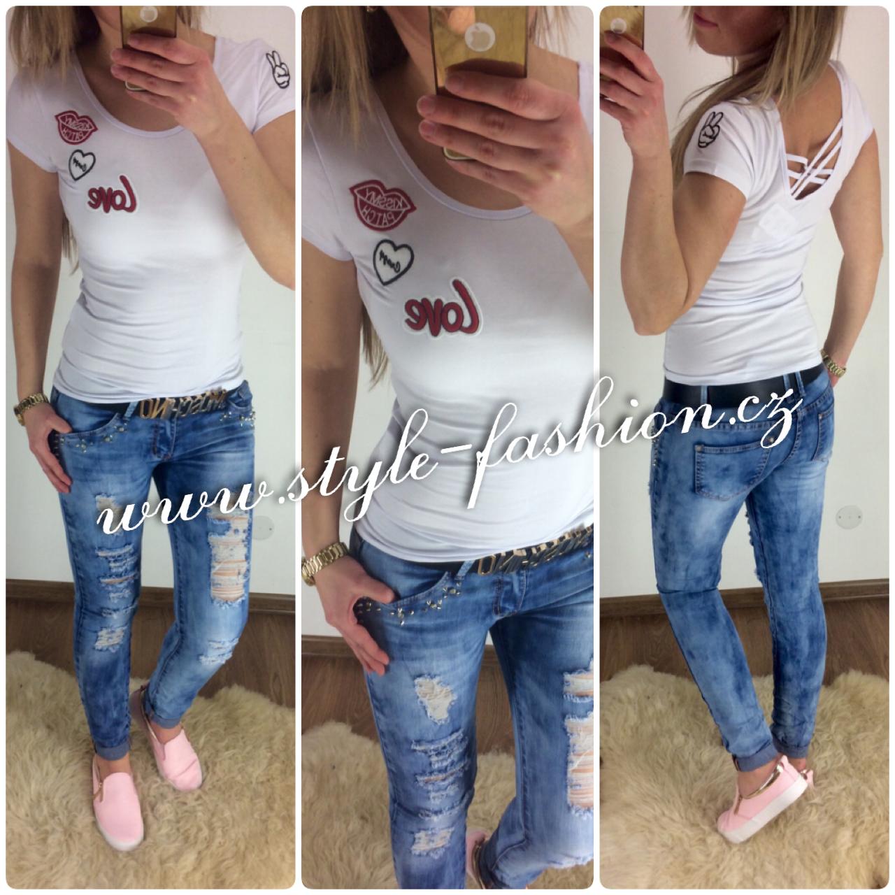 a2a5ee8dffbe Krásné bílé trendy tričko s nášivkama