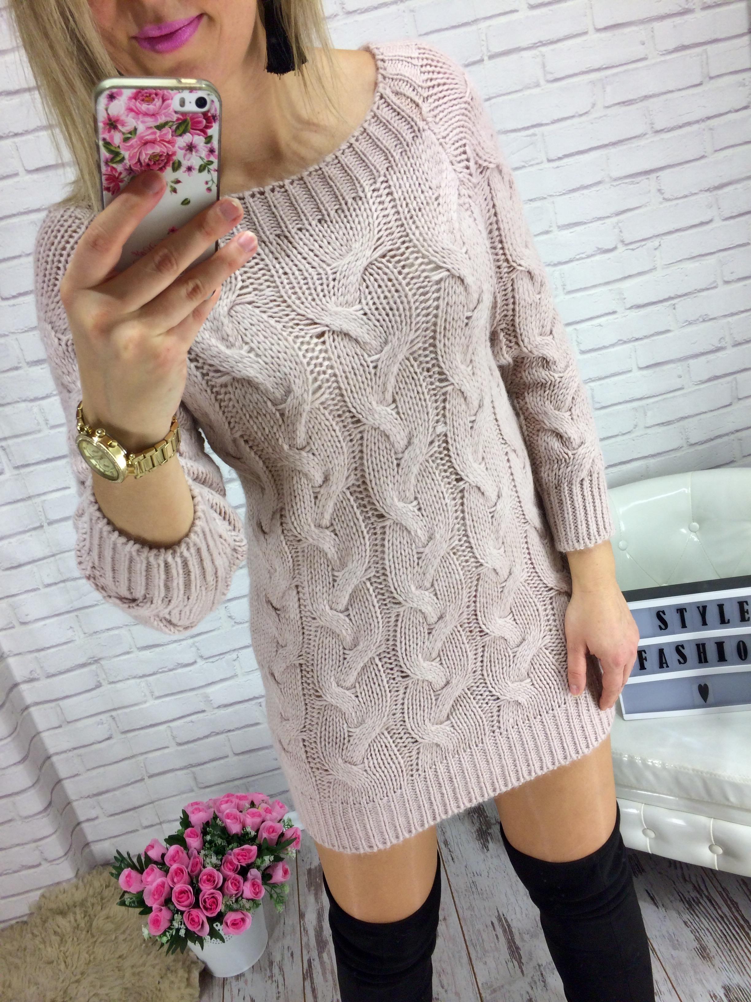 02cb9e2d60da Svetr - svetrové šaty Zora růžové